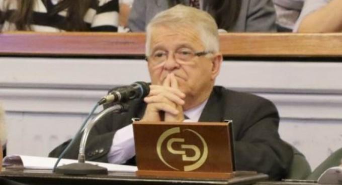 El pliego de un fiscal disparó la pelea por la línea de sucesión en el Senado