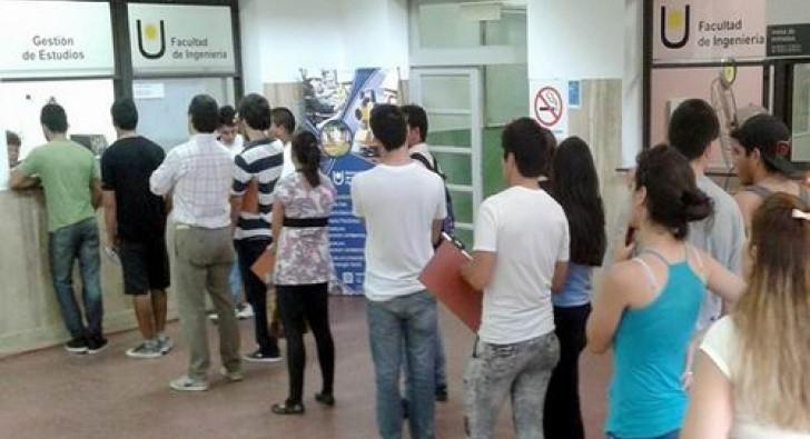 Estudiar una carrera en Corrientes cuesta al menos $6.000 mensuales