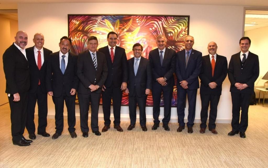 El gobernador Valdés participó en el Foro del BID para optimizar la gestión fiscal