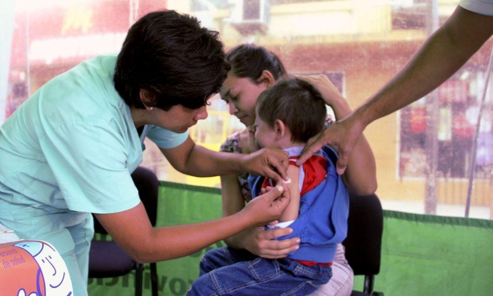 Llegaron unas 6.000 dosis de vacunas contra la meningitis