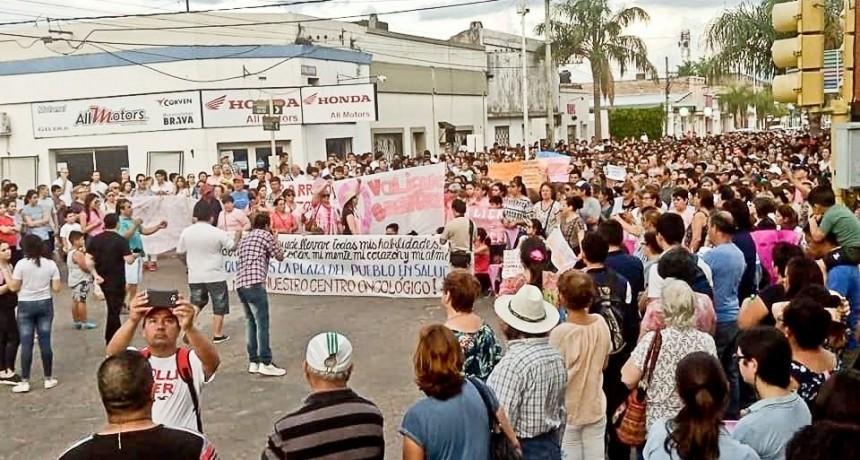 Reacción oficial a intimación de Bonatti por el Centro Oncológico en Curuzú