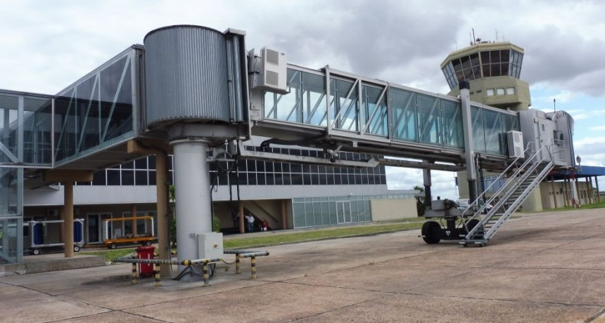 Por el paro, Aerolíneas Argentinas canceló todos sus vuelos del lunes