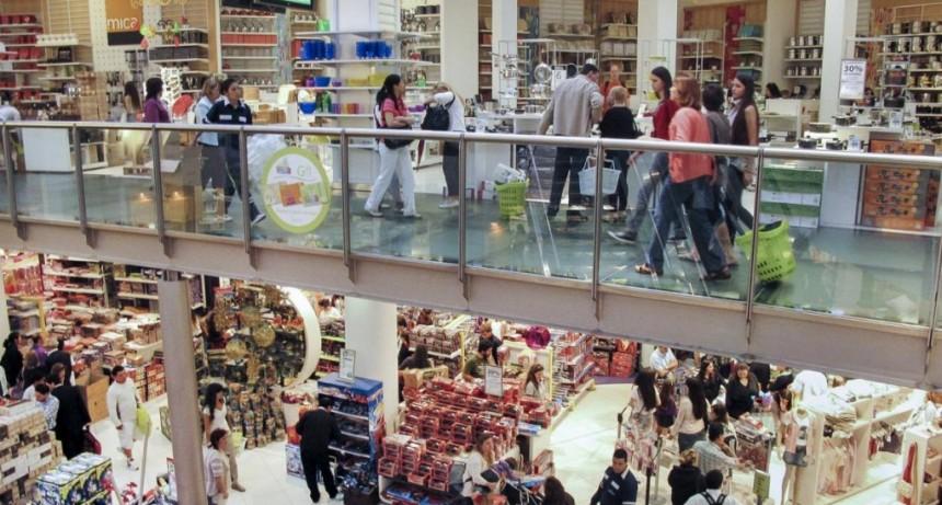 Por recesión, cayeron las ventas 15%