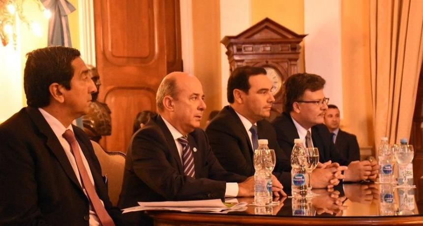 El Gobernador emprende una segunda gira de gestión por Francia y Finlandia