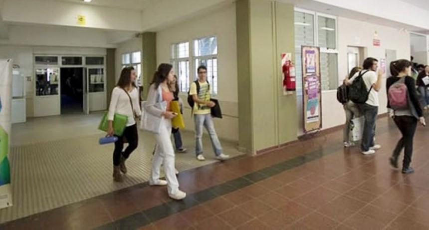 Universidades: Nación habilitó la vuelta de las clases presenciales