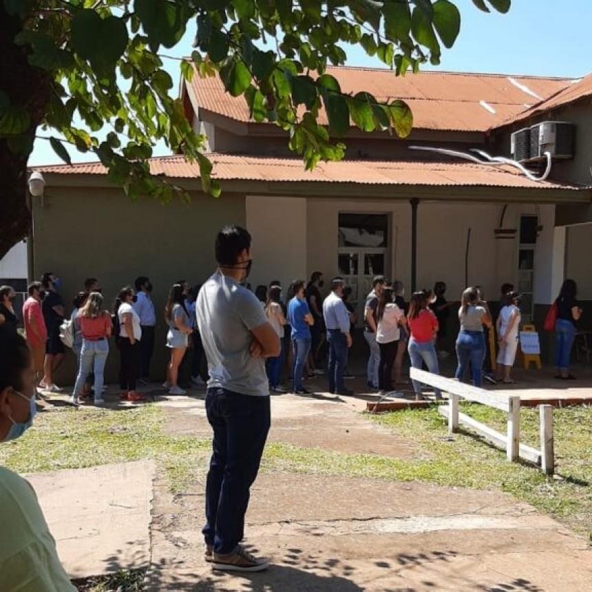Increíbles aglomeraciones en los testeos de Santo Tomé