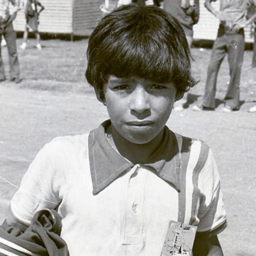 Así se presentó Diego en la prensa: