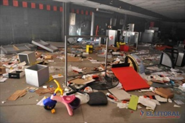 Estimaron en 300 millones de pesos las pérdidas por los saqueos en Córdoba