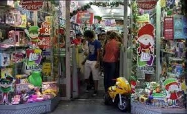 En el comercio esperan por las compras de última hora