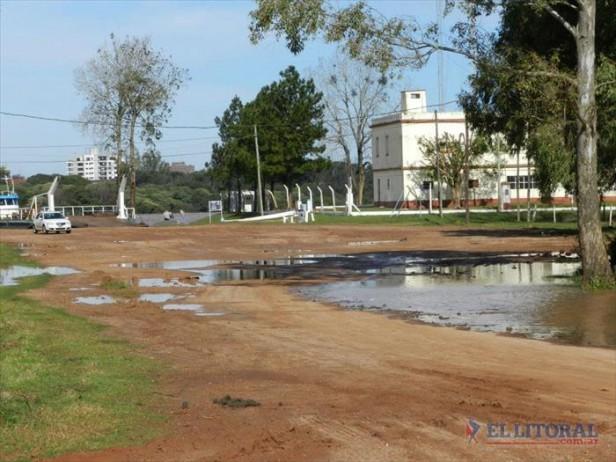 Confirmaron que la Provincia financiará la reparación del camino al puerto de Alvear