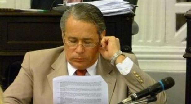 Badaracco pide independencia de poderes