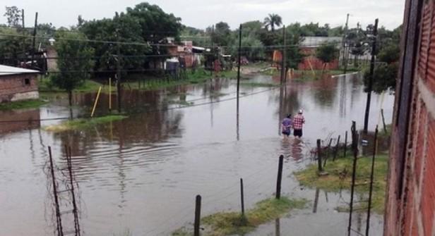 Una intensa lluvia se hizo sentir en la zona central del Interior