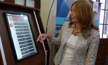 Monitores digitales con el nuevo portal móvil de Diputados