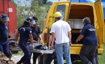 Murió un operario al ser golpeado en la cabeza por una máquina excavadora