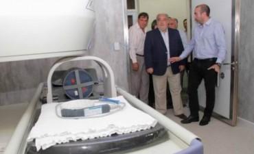 El hospital San José estrenó sala de resonancia