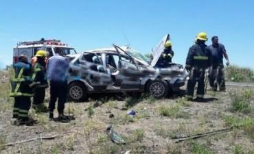 Un muerto y dos heridos tras vuelco en la ruta 119