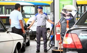 En Corrientes el litro de nafta cuesta 3,30 pesos más que en Buenos Aires