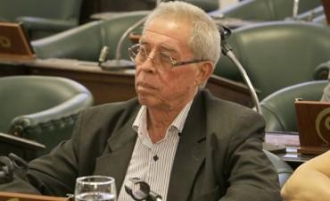 Todas las miradas puestas en el accionar del senador Roberto Miño