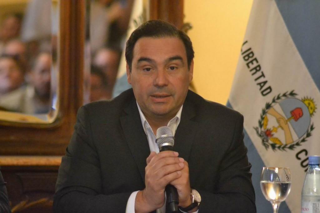 Renovada apuesta del Gobernador por el combate contra la pobreza