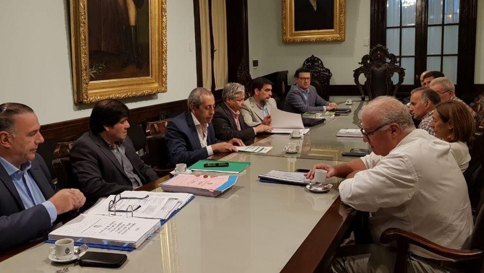 El oficialismo busca acuerdos con la oposición para aprobar el presupuesto
