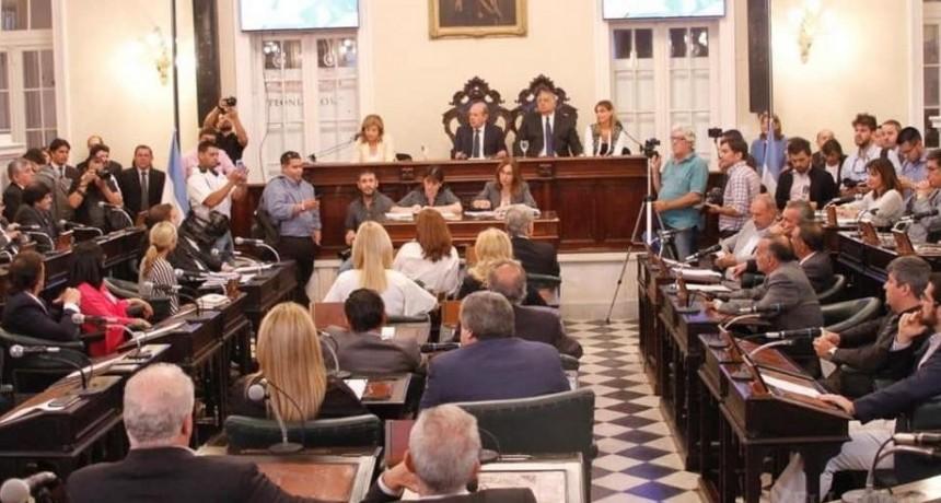 Presupuesto: el oficialismo busca acuerdos y el PJ consultará a los jefes comunales