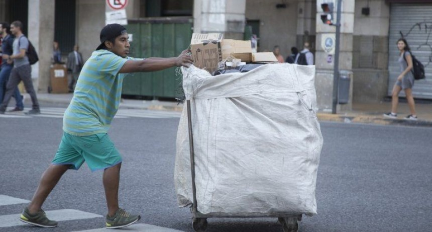 Según la UCA la pobreza creció y llega al 33,6%: 13.600.000 personas