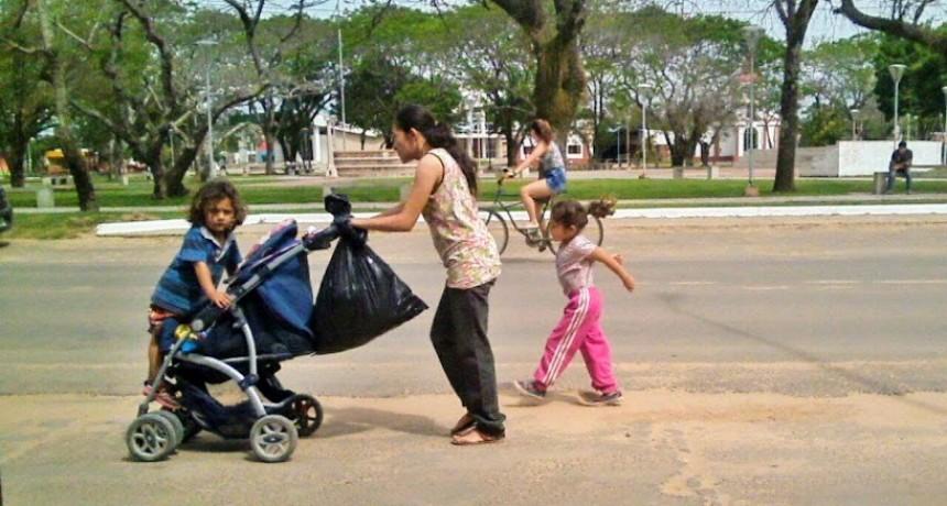 Las familias necesitan ingresos de 25.206 pesos para no ser pobres