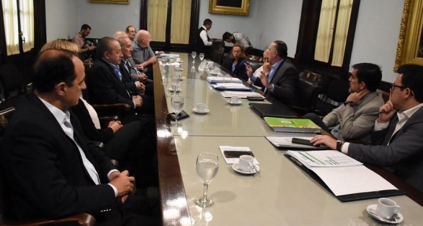 Presupuesto: el Gobierno espera un guiño del PJ por el crédito de $7 mil millones