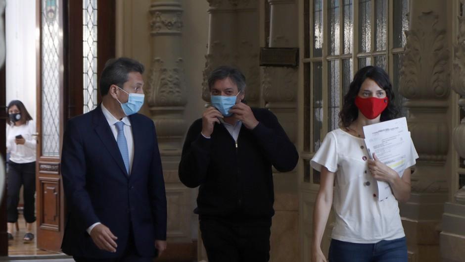 Alberto prolonga las sesiones del Congreso durante el verano y pide sancionar la ley del procurador