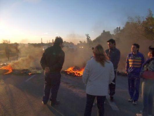Empedrado: vecinos cortaron ruta y se manifestaron en la plaza pidiendo por Justicia