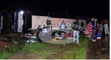 En Entre Ríos, volcó un micro de empresa correntina: heridos leves