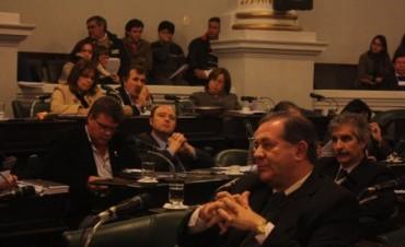 Energía: apuesta oficial al crédito para obras que beneficiarán a unos 400 mil correntinos