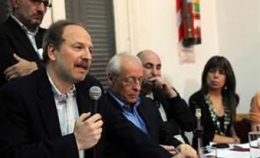 Marcha atrás de Clarín en su denuncia contra periodistas que lo criticaron