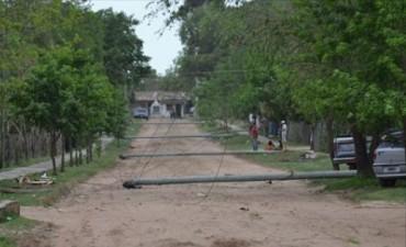 Una fuerte tormenta causó graves daños en la localidad de San Luis del Palmar