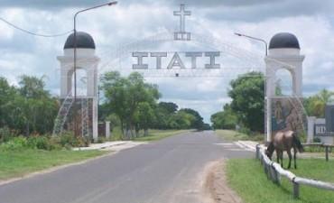 El arco de acceso de Itatí se destruyó por un fuerte temporal