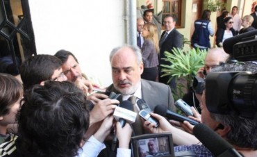 Colombi repasa su estrategia electoral y alista una disquisición a su gabinete