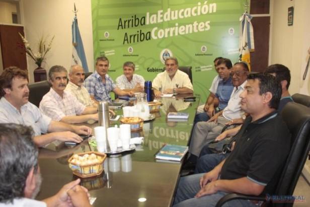 La negociación con los gremios docentes comenzó sin oferta salarial de la Provincia