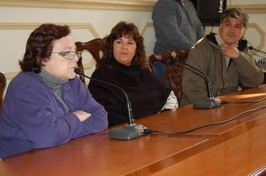 Gremios docentes nacionalizan reclamos por blanqueo salarial