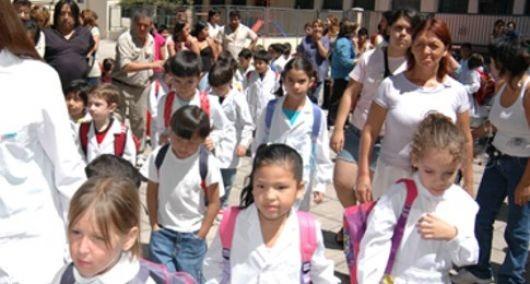 Anticipo: las clases empezarían el 4 de marzo, con blanqueo progresivo confirmado