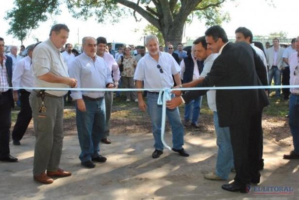 Colombi habilitó un centro de acopio de envases agroquímicos y una planta secadora de arroz