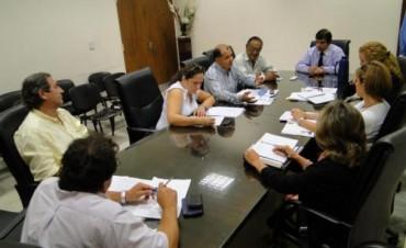 Salarios: docentes esperan suba del 25% en el piso y reclamarán blanqueo de 800 pesos
