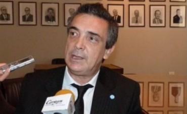 """Nito Artaza ratificó que su candidatura a gobernador """"es indeclinable y no se negocia"""""""