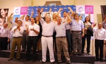 Camau gobernador, Ríos intendente y Bofill senador, todos juntos en la boleta K