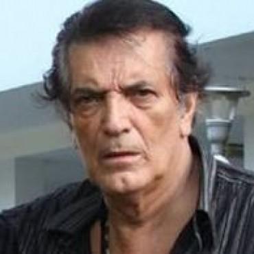 A los 65 años murió  Adrián
