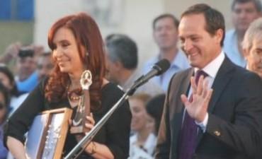 Cristina puso a Camau en el palco de gobernadores K