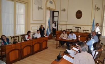 El palacio municipal sigue sin luz y el conflicto entre la Dpec y la Comuna llegó a la Justicia