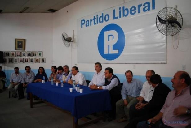 """Dirigentes y referentes liberales se alzan contra Josefina y la tildan de """"mentirosa"""""""