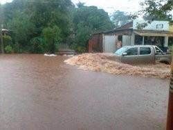Virasoro, azotada por una torrencial lluvia