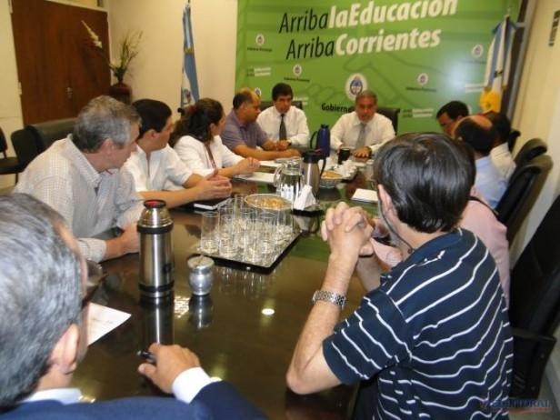 Gremio docente busca asesoramiento para mitigar impacto del Impuesto a las Ganancias