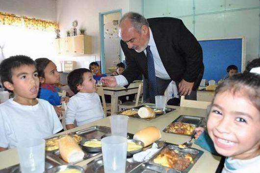 La Provincia realiza millonaria inversión en planes alimentarios